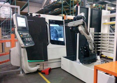 BMO Automation Platinum 50 Frontloader und eine Universaldrehmaschine des Typs DMG MORI ecoTurn