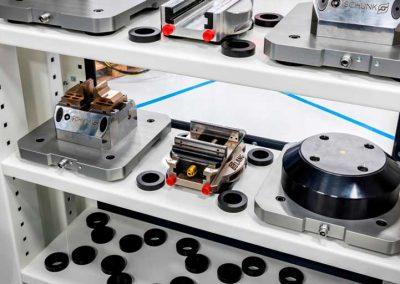 BMO Automation Werkstückspeicherlösung mit flexibel einteilbaren Ablageplätzen für vorgerichtete Spannpaletten in Regalen